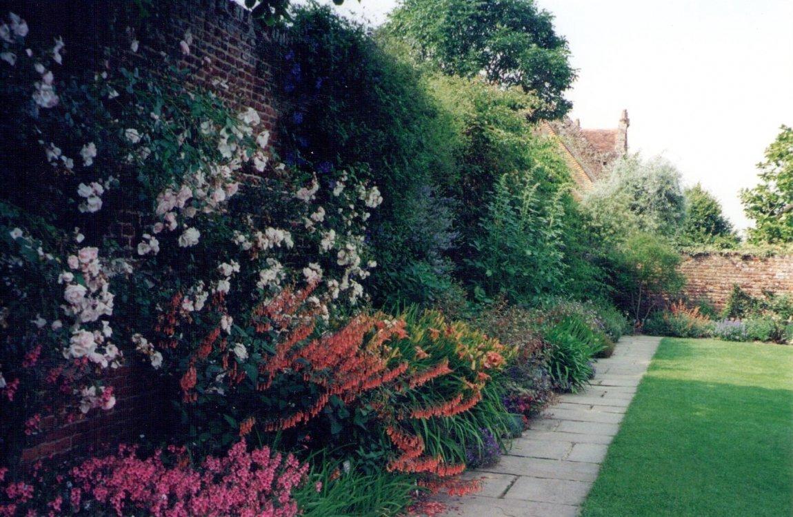 cottage-garden2